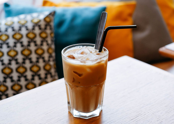 straws in coffee industry